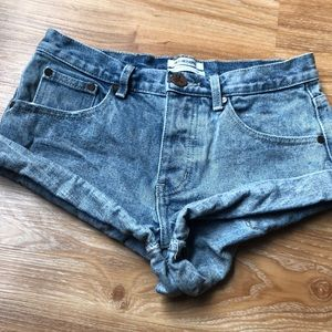 One teaspoon jean shorts! Great condition!